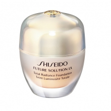 Shiseido Total Radiance Foundation Future Solution Lx Foundation 30 ml